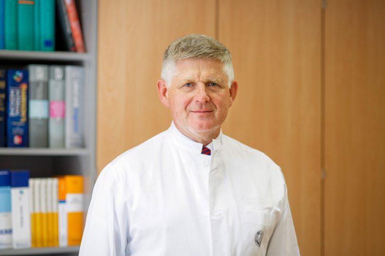 Prof. Dr. Andreas Hochhaus, Sprecher des UniversitätsTumorCentrums am UKJ. Quelle: UniversitätsTumorCentrums am UKJ