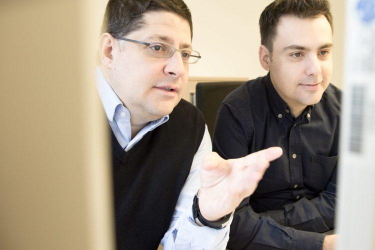 Dr. Ioannis Mitroulis (rechts) und Prof. Triantafyllos Chavakis