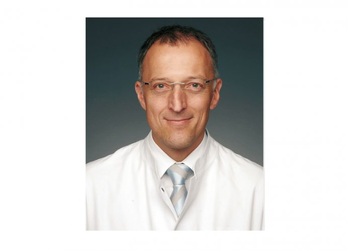 Prof. Dr. Thomas Benzing