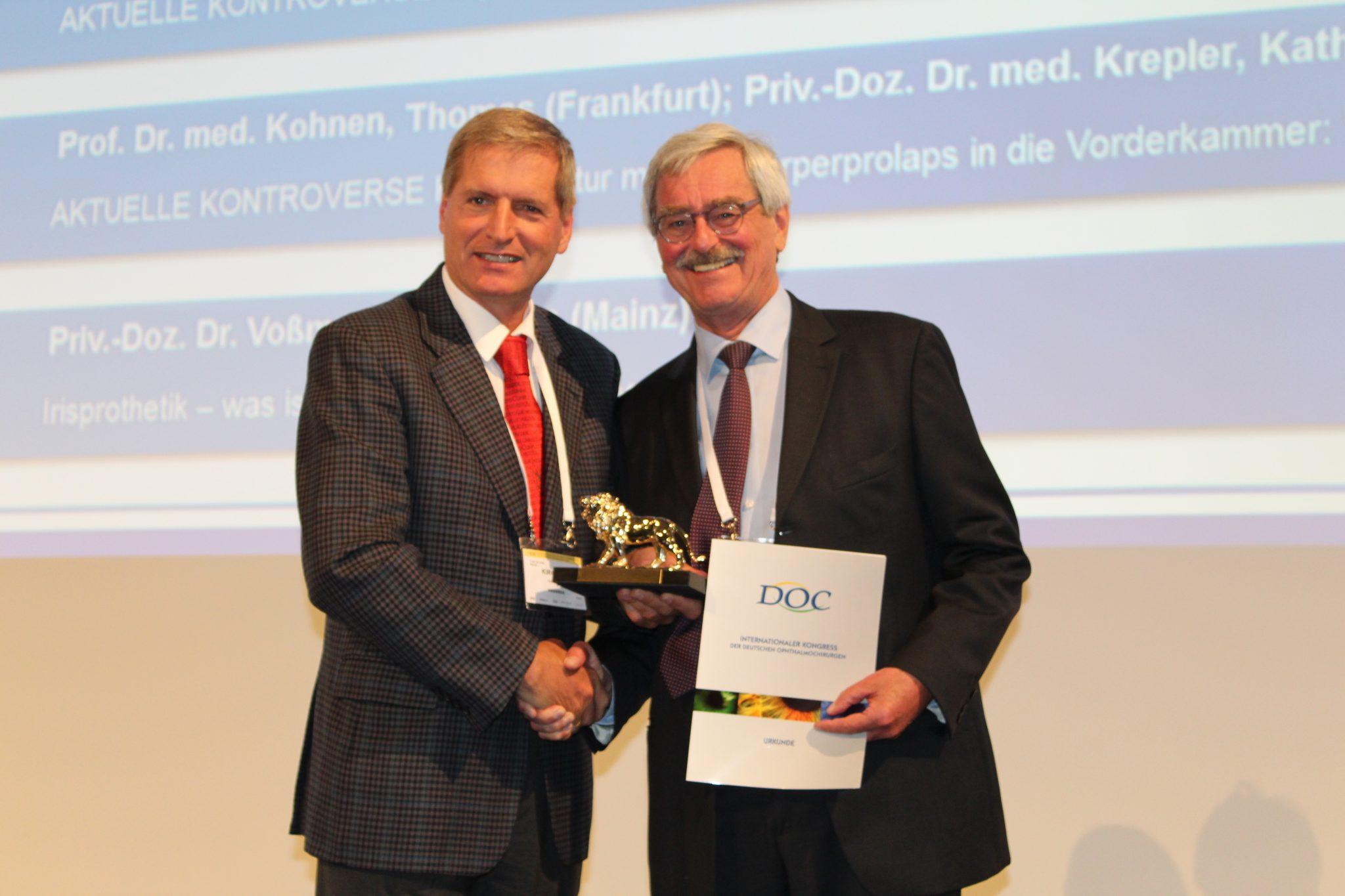 DOC 2018: Thomas Neuhann für Entwicklung der Kapsulorhexis geehrt